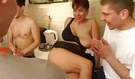 Жінки гарний секс узбецький дають один одному