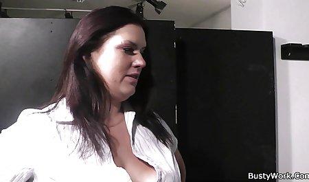 Домінуючим гарний ранковий секс клієнтів ривків масажистки півень