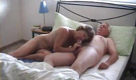 Шістсот дев'яносто красиве анальний порно
