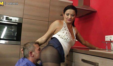 Катерина Петрова спіймали красиве порно на телефон на гарячому