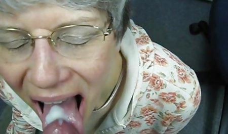 Дівчина krassiviy sex отримує дупу і кицьку